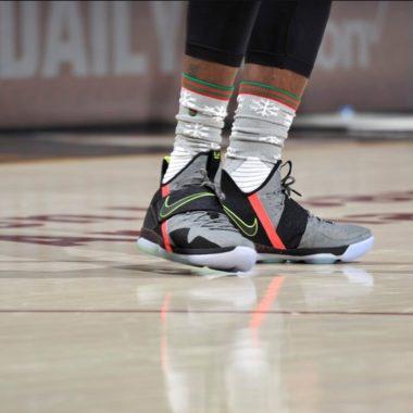 efbaadd9536d Nike Basketball - Sneakers.fr
