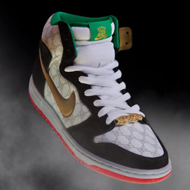 nike sb dunk blacksheep gucci
