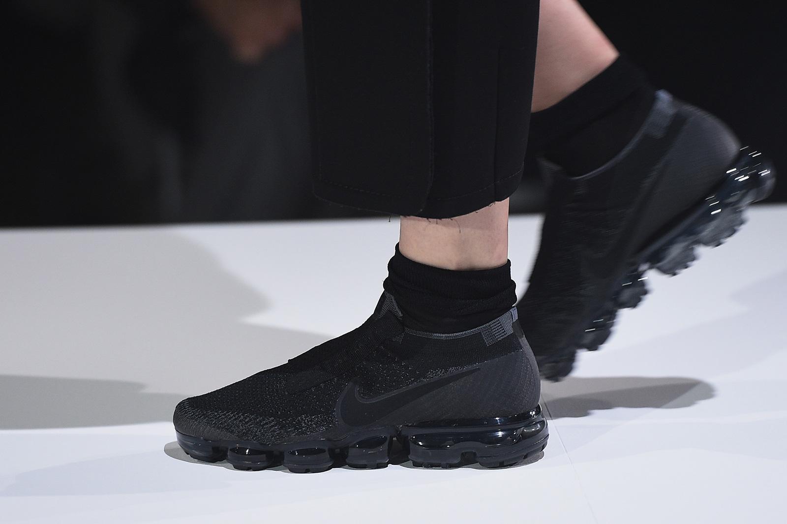 nouveau concept bf001 c63c9 Comme des Garçons x Nike VaporMax