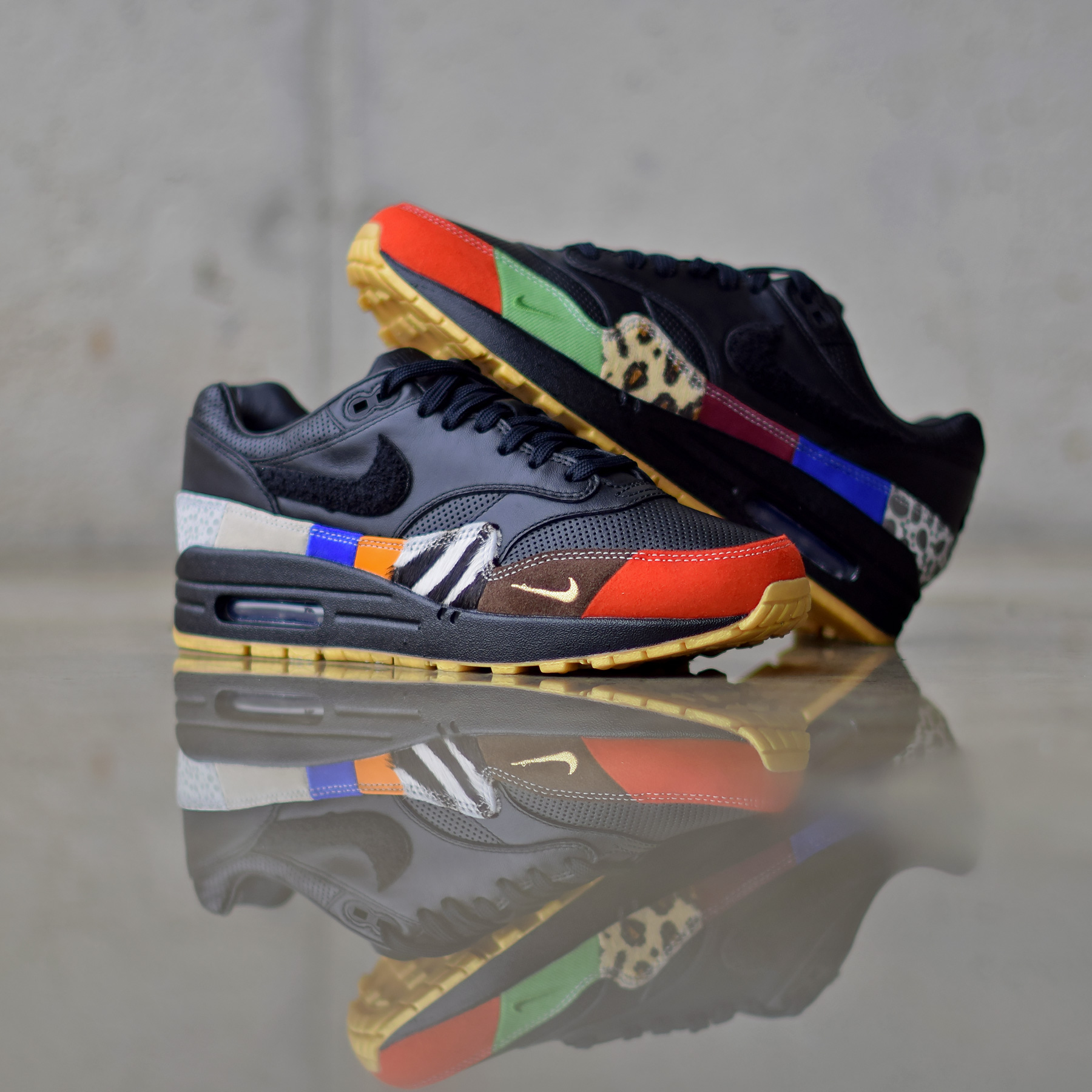 La Nike Air Max 1 MASTER sous plusieurs angles.
