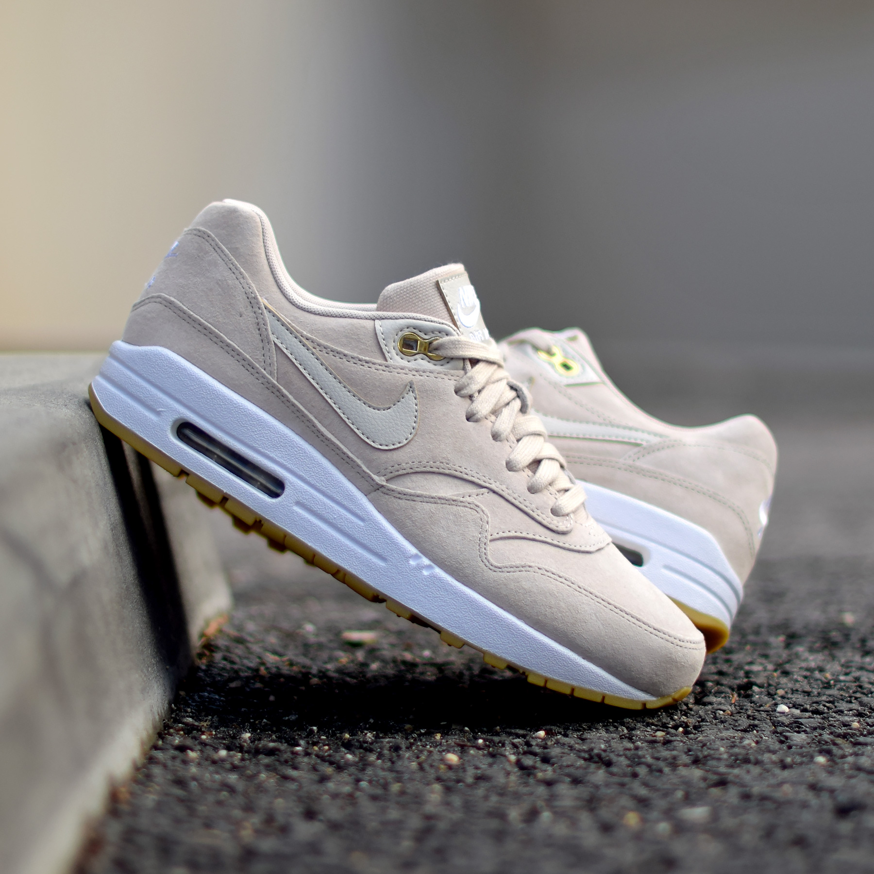 acheter populaire 8e942 5729b Nike Air Max 1 Suede Gum Pack - Sneakers.fr