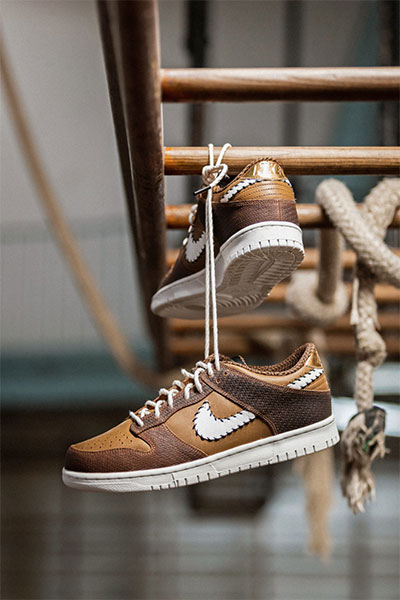 nike dunk qs paris gymnase brown