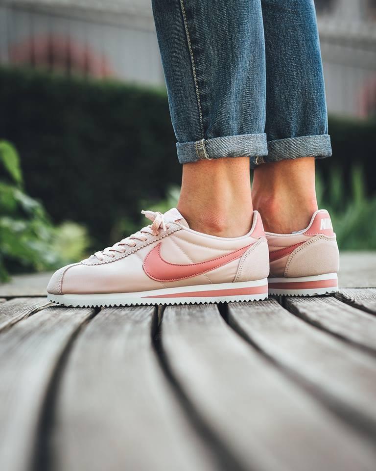 uk availability bab4a 349a2 Deux jolies nouvelles versions pour femme de la Nike Cortez Nylon.