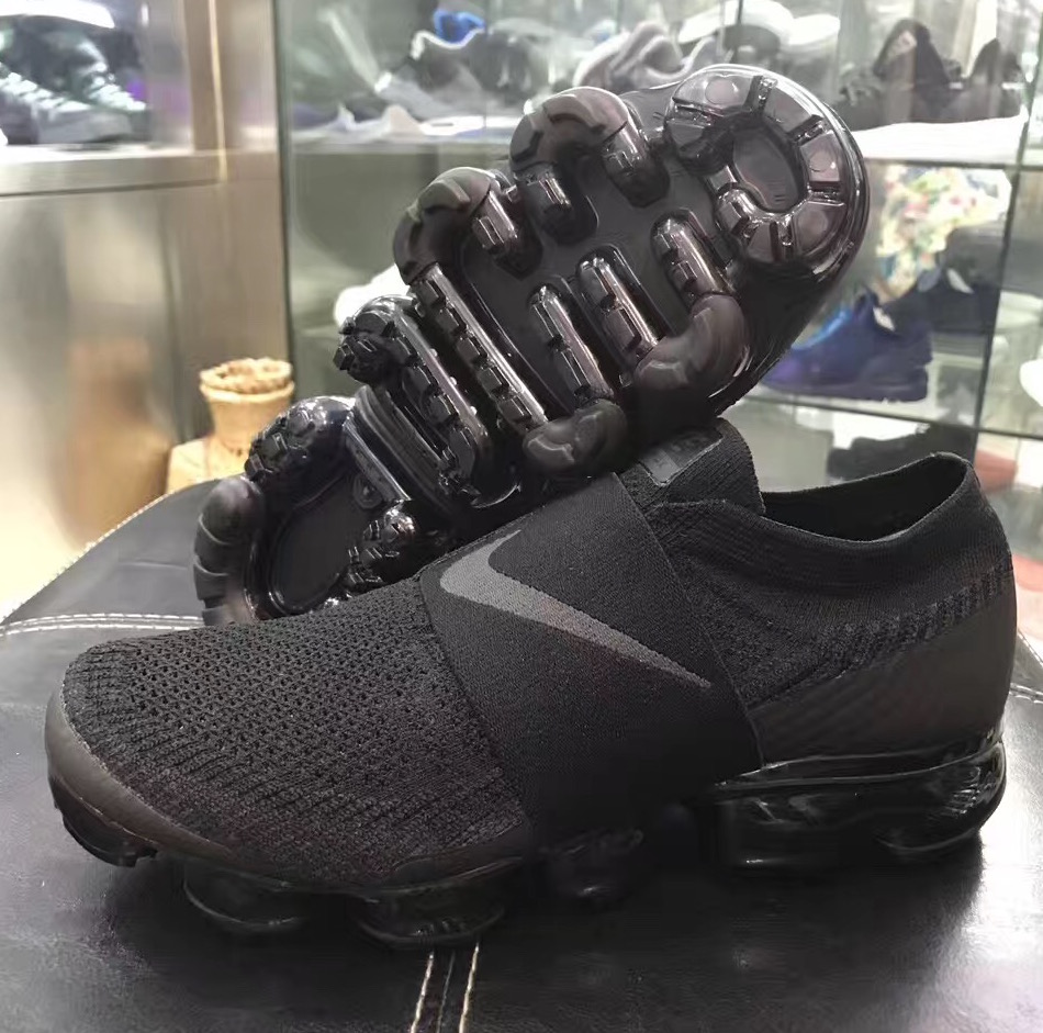 40dd3c8476dde ... Nike Air Vapormax Moc « Triple Black » ...
