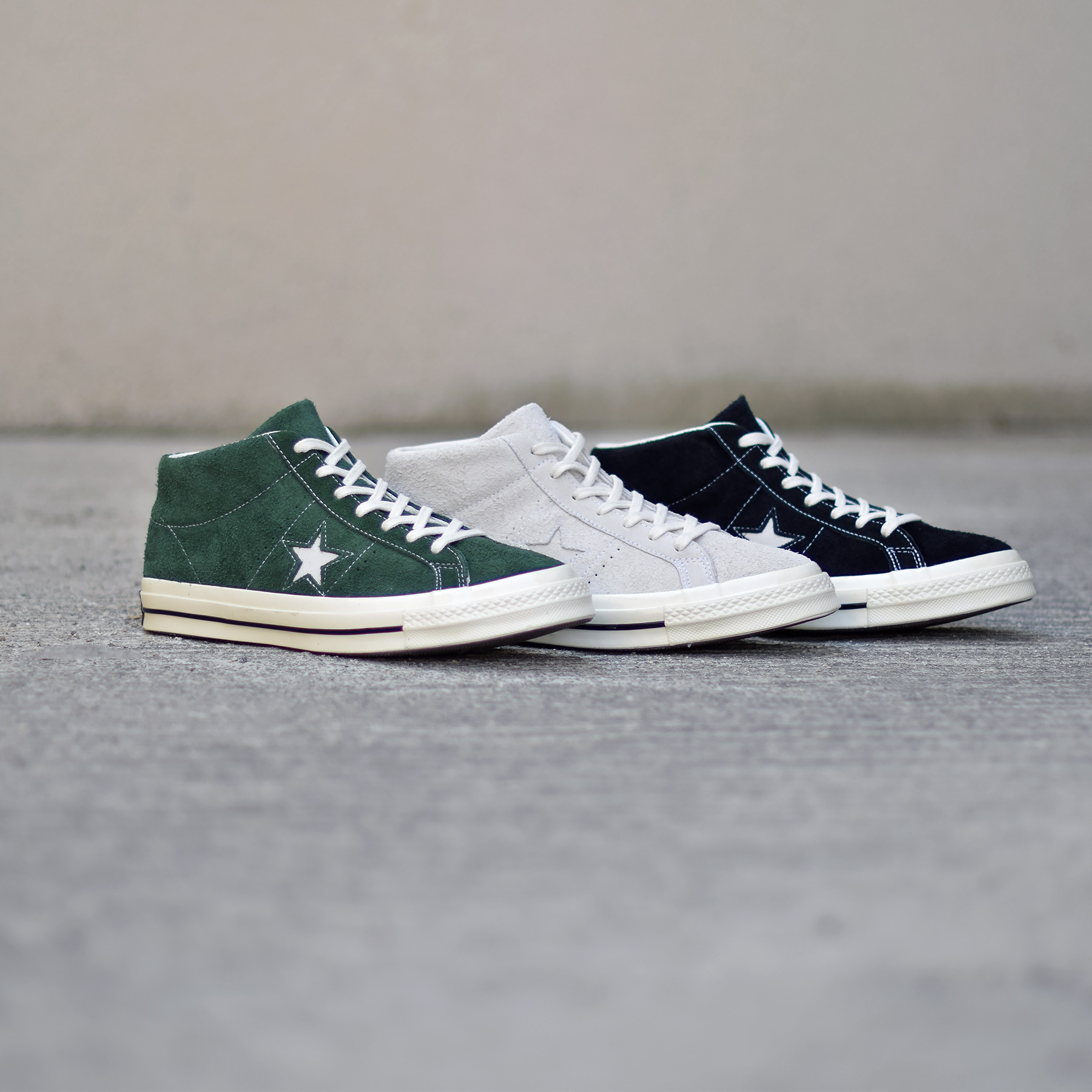 a298bf9a2d1f5 Converse One Star Mid Suede Pack - Sneakers.fr
