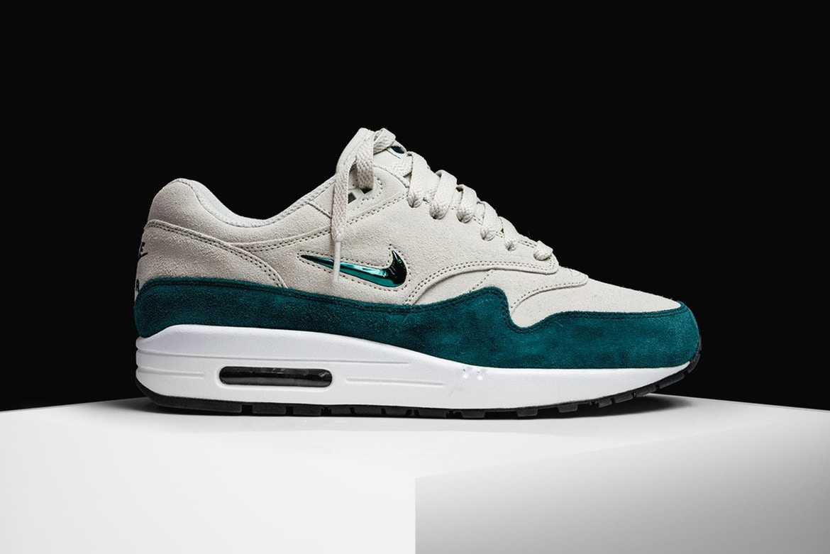 nike air max 1 jewel green