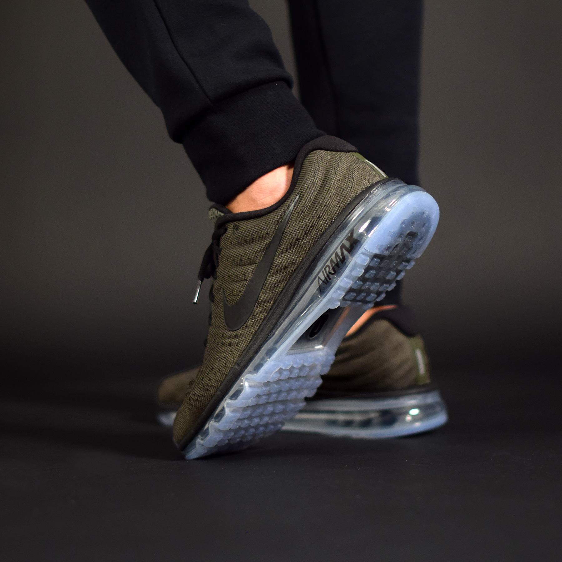 La Nike Air Max 2017 déclinée dans une teinte kaki idéale pour la saison.