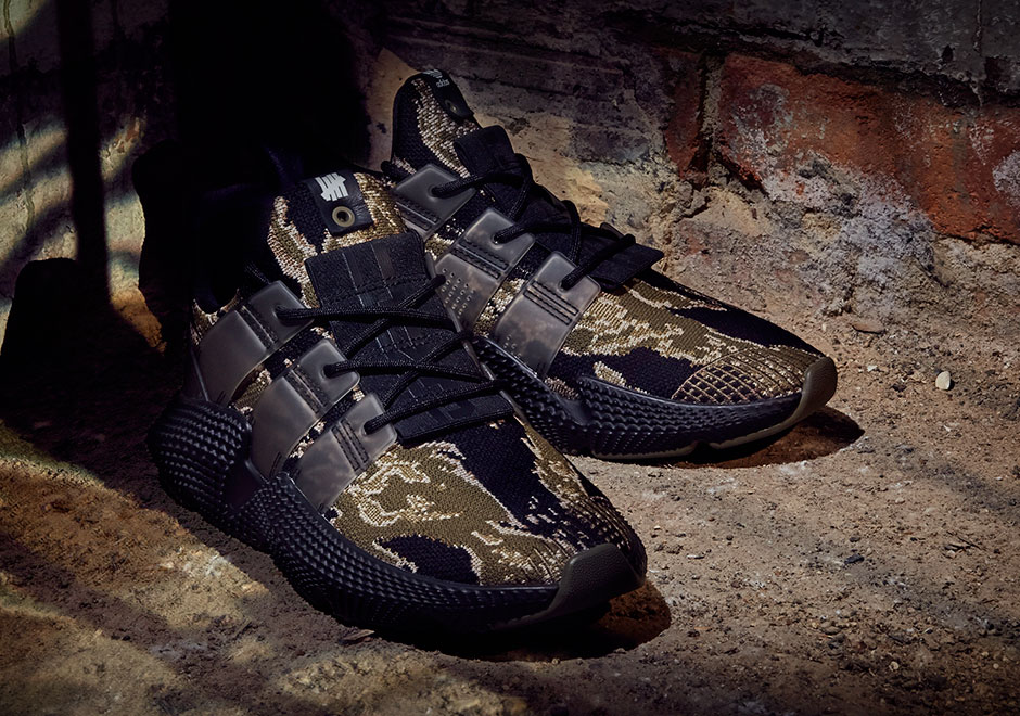 Undefeated x adidas Prophere Baskets