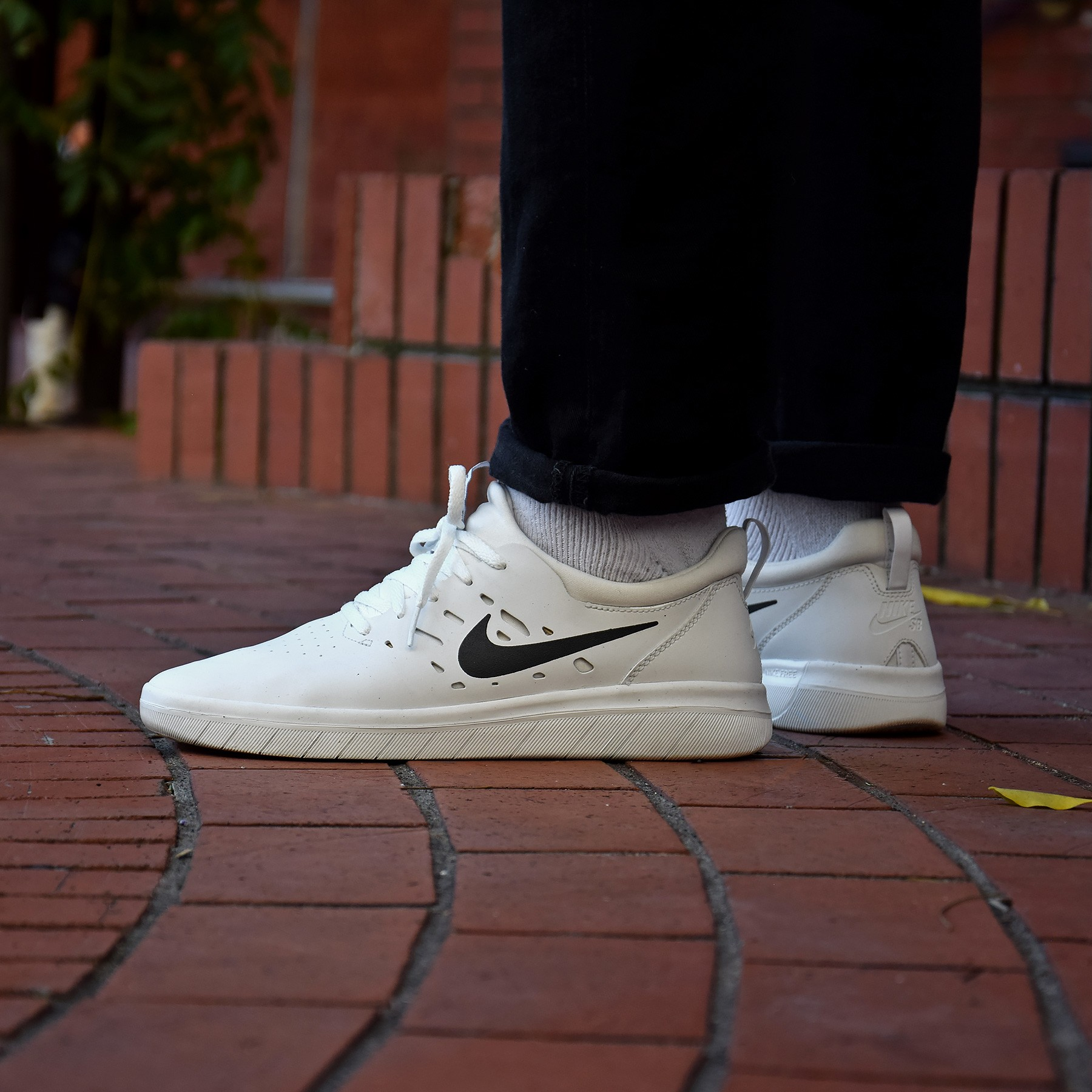 undefeated x pretty cool high quality Nike SB Nyjah Free - Sneakers.fr
