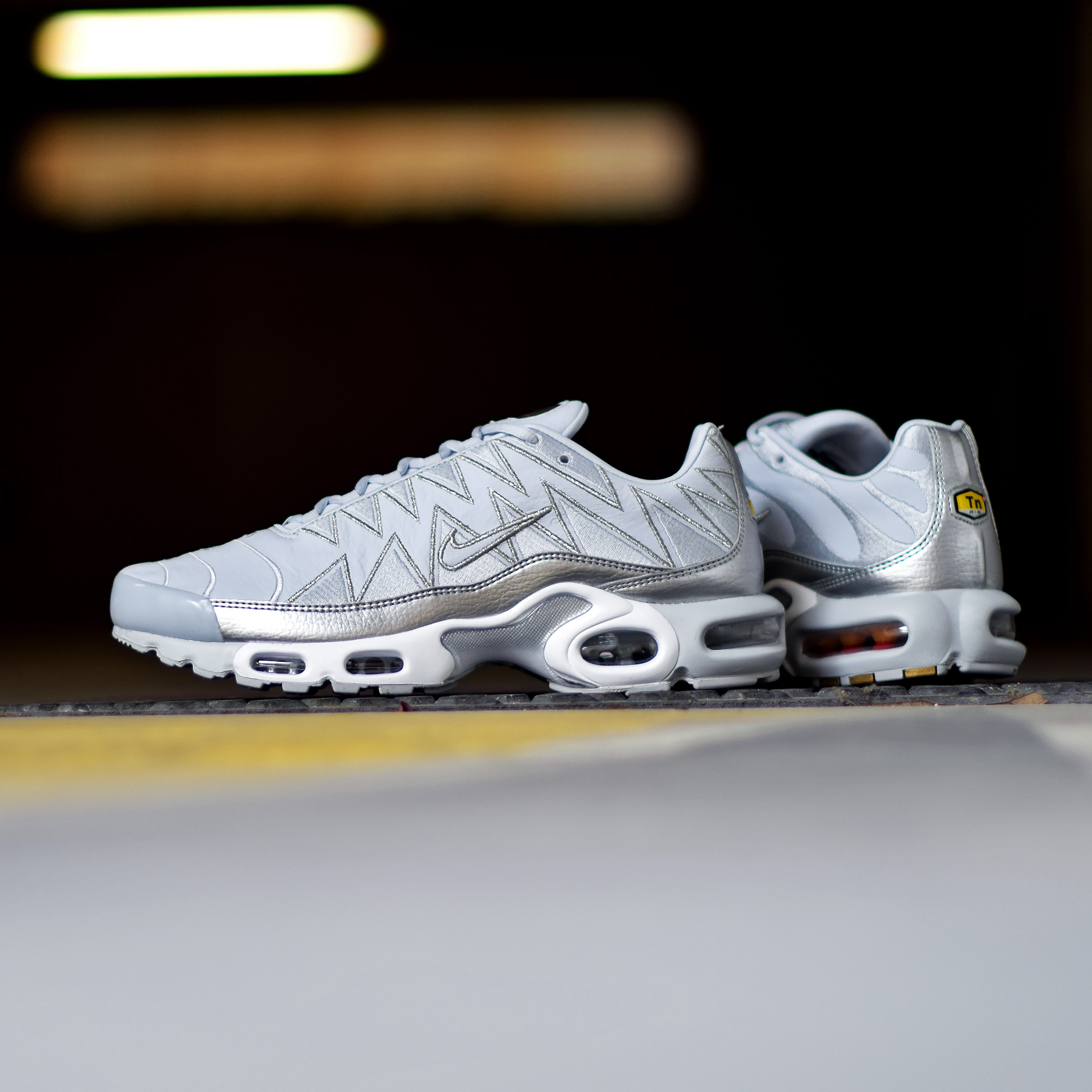 5738fae9a5950f Nike Air Max Plus - Pure Platinum Metallic Silver