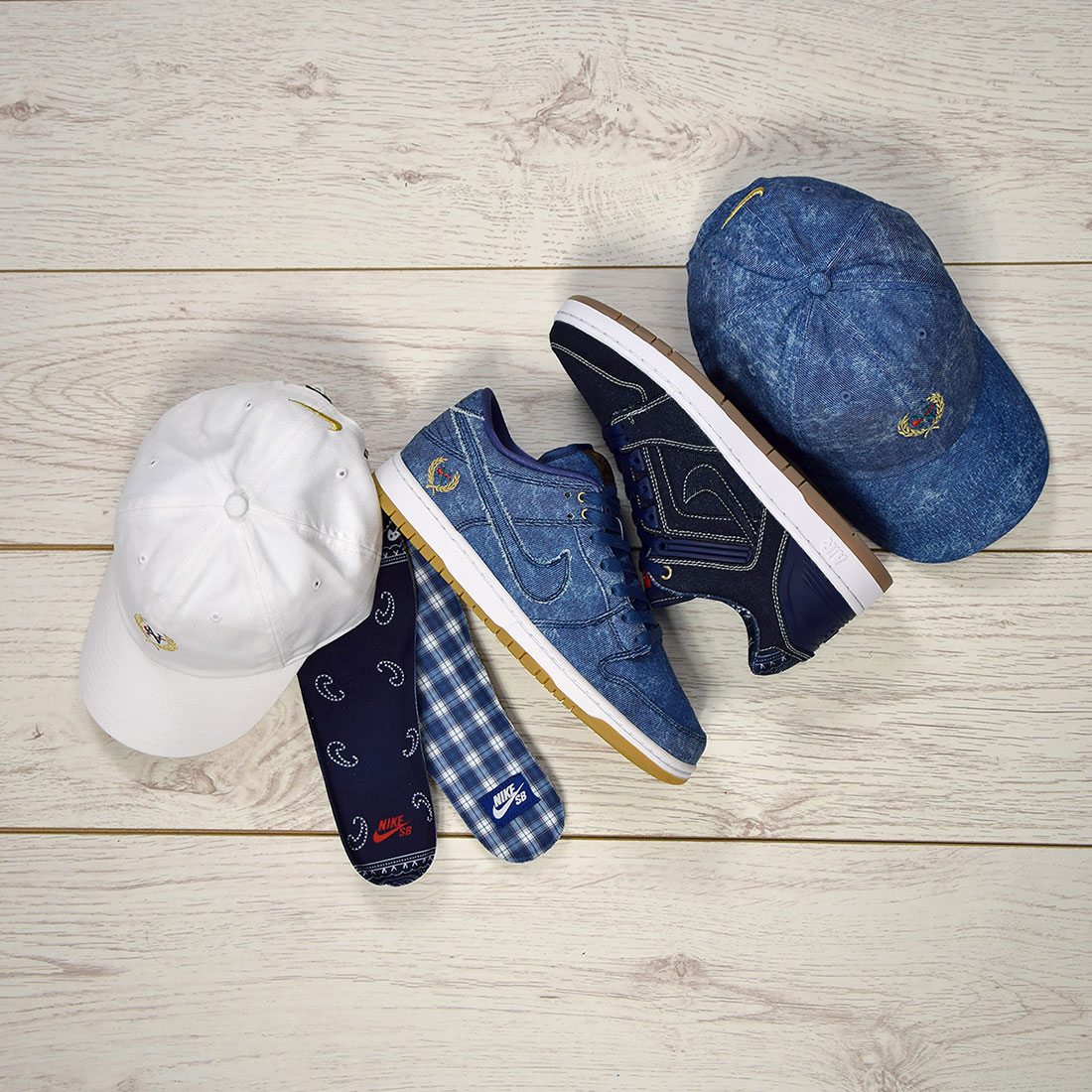 reputable site bc846 b5a72 Nike SB Denim Pack - Biggie vs Tupac - Sneakers.fr