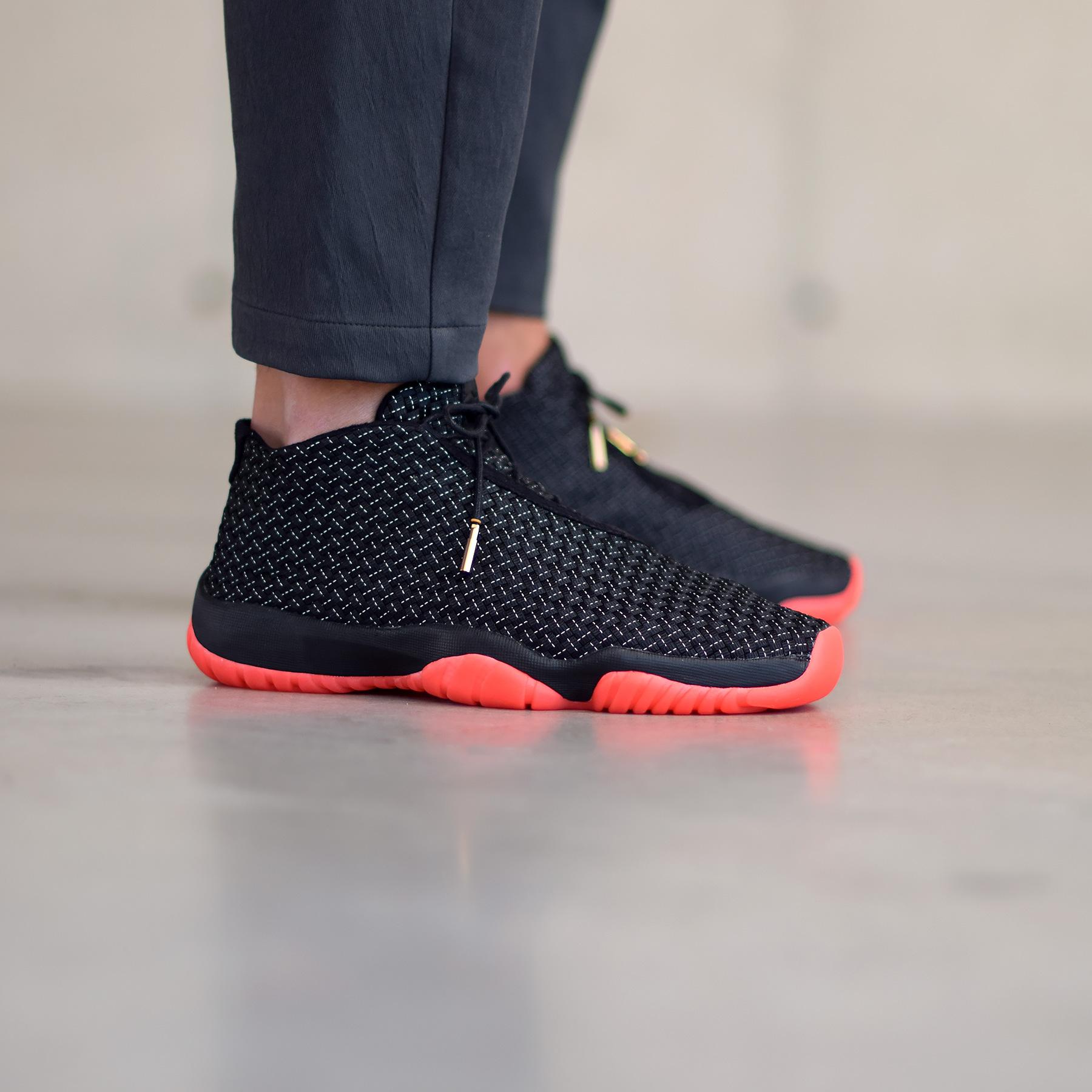 differently 52fd3 f1a2a L Air Jordan Future Premium est de retour.