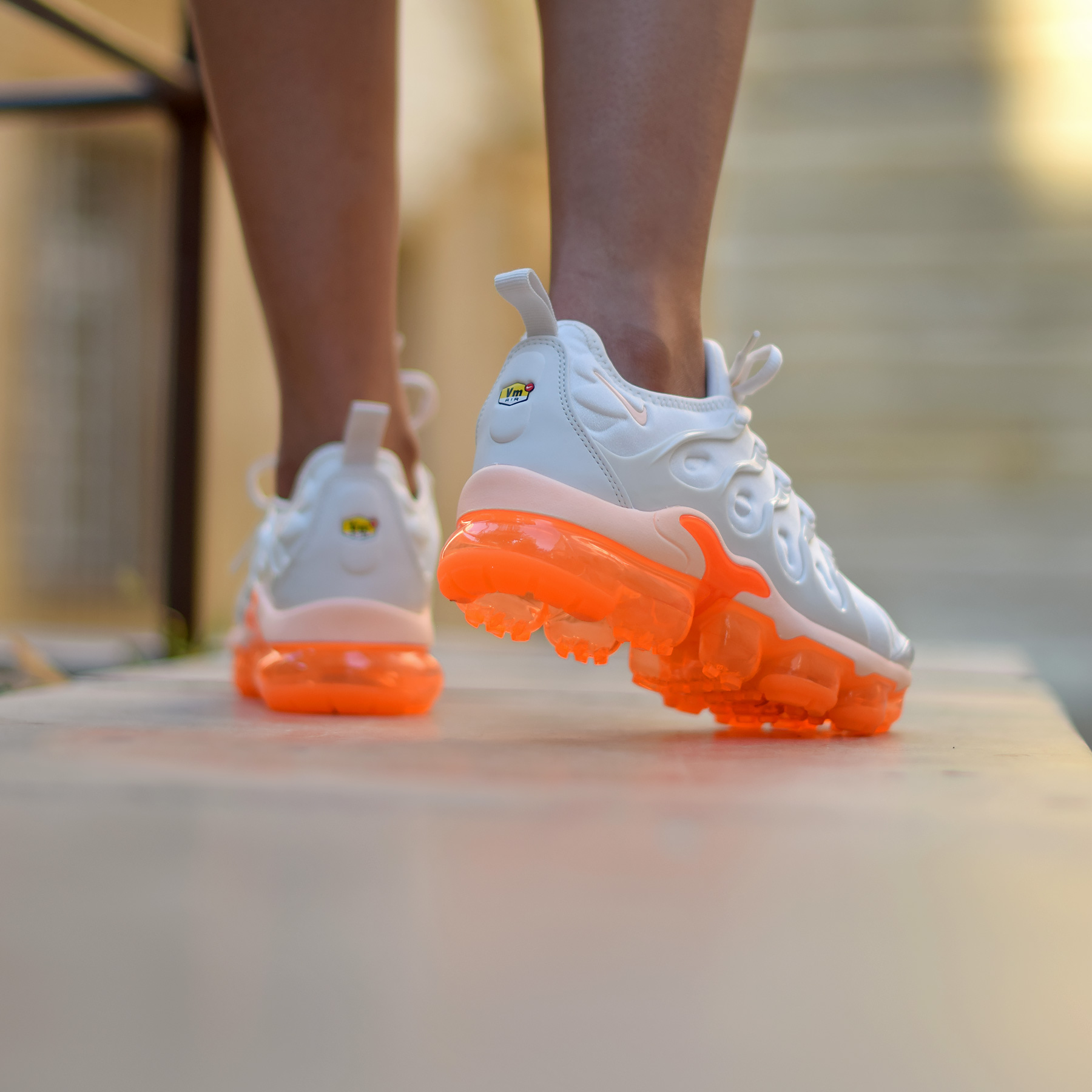 Que vaut la Nike Wmns Air Vapormax Plus 'Creamsicle' Phantom