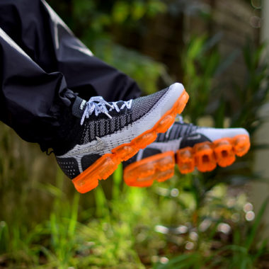 3b19a9e7cd29 ACRONYM x Nikelab Vapormax Moc 2 - Sneakers.fr
