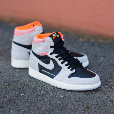 Air Jordan 1 Neutral Grey Hyper Crimson