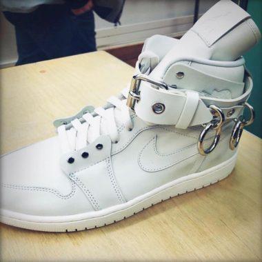 Comme des Garçons x Air Jordan 1 White