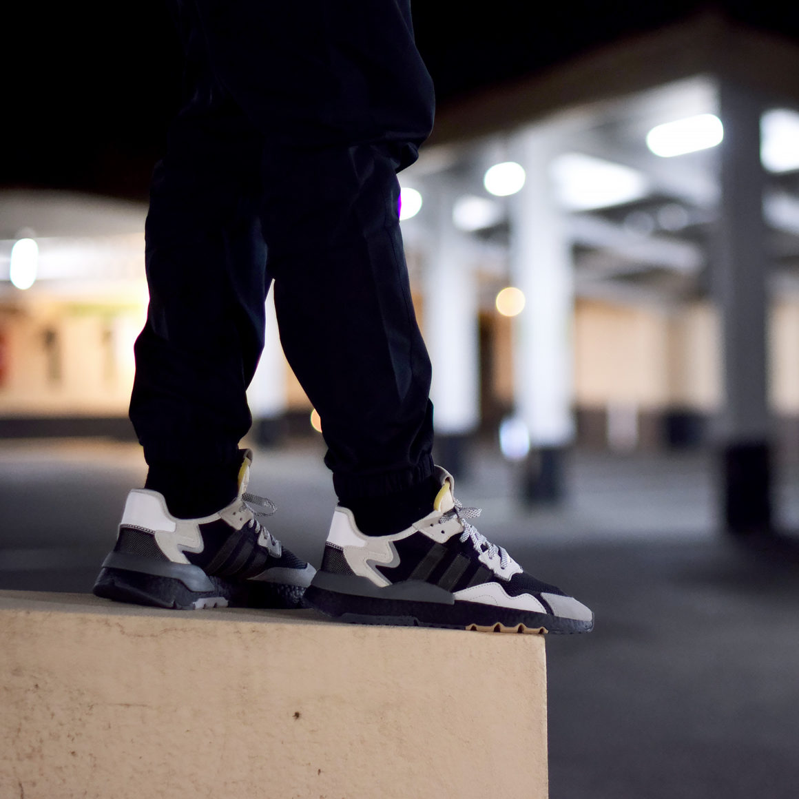 adidas-nite-jogger-black-white-10