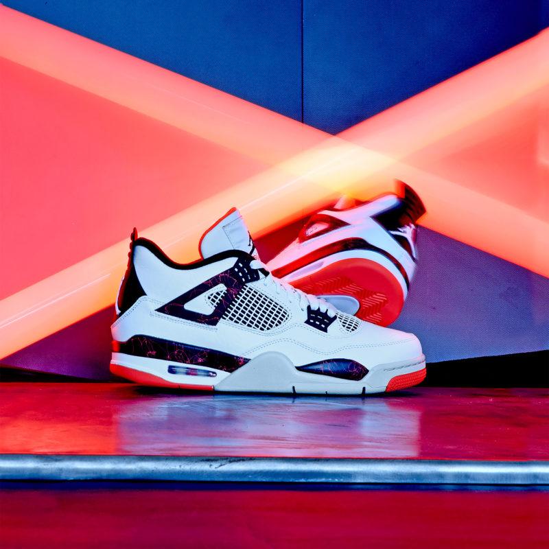 Air Jordan 4 Hot Lava