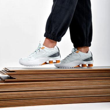 Nike W Shox Enigma Ghost Aqua