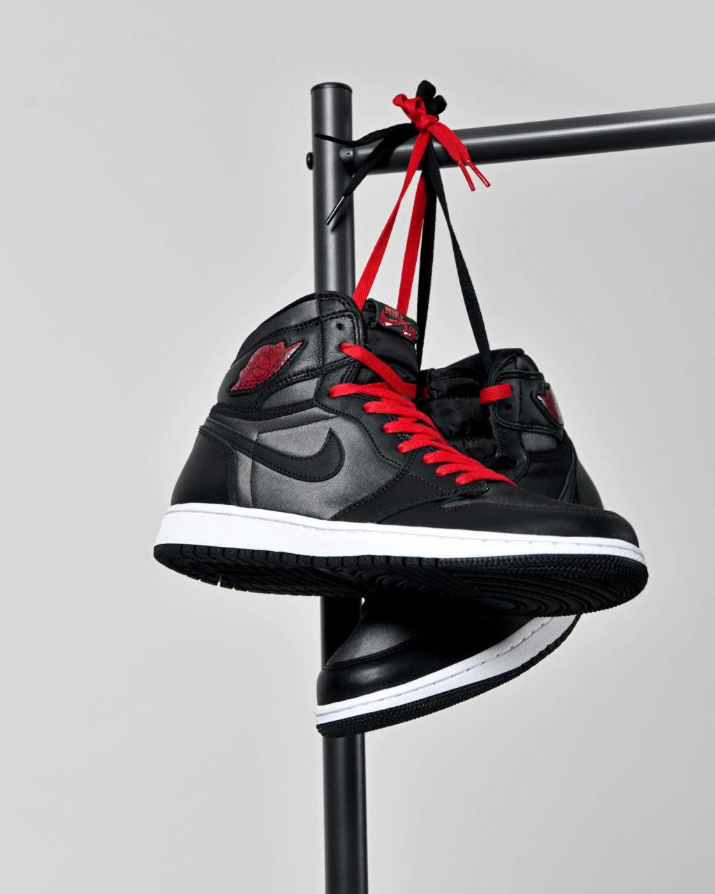 Air Jordan 1 OG Black Gym Red