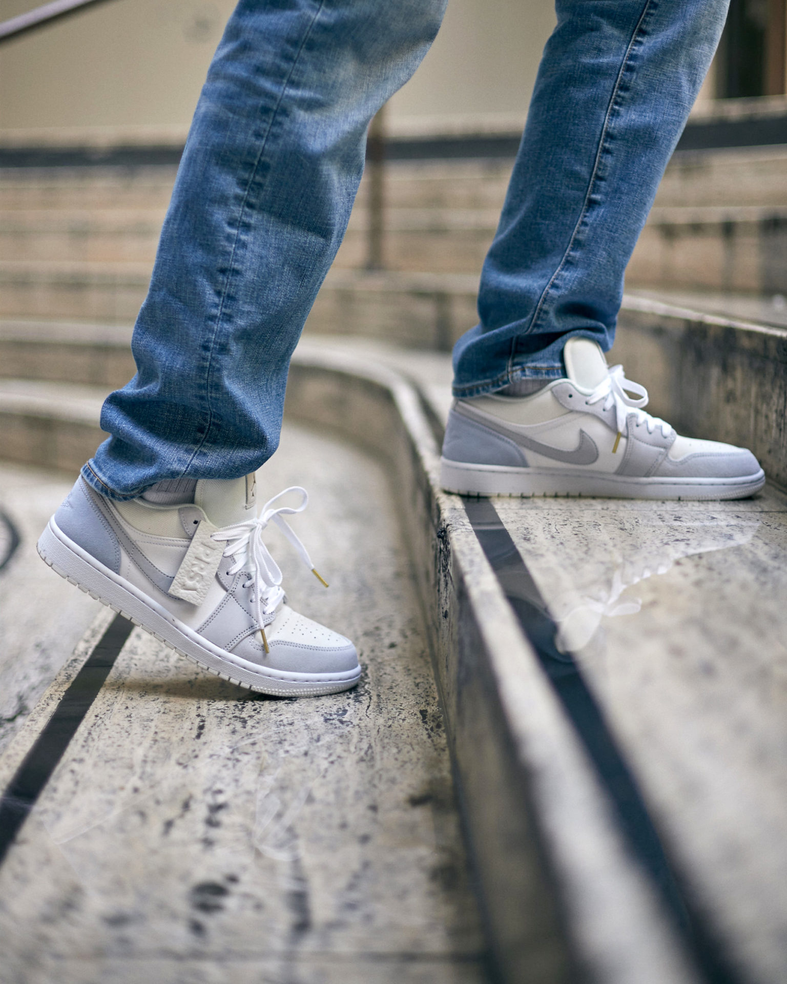 Air Jordan 1 Low Paris Sneakers Fr