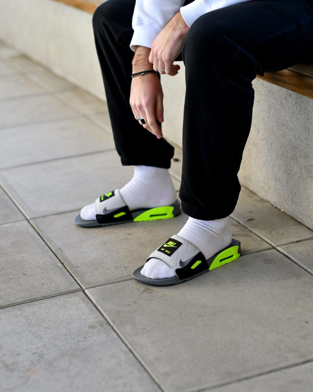 Nike Air Max 90 Slide Volt