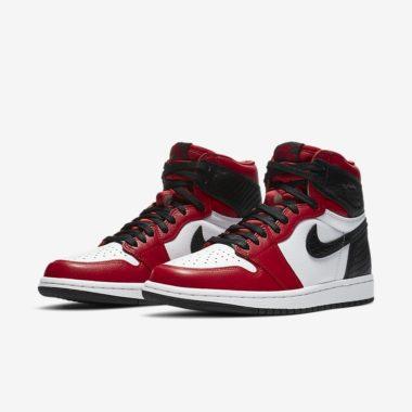 Air Jordan 1 Snakeskin Chicago