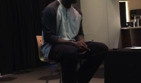 Michael Jordan présente une Air Jordan 13 «Hornets»